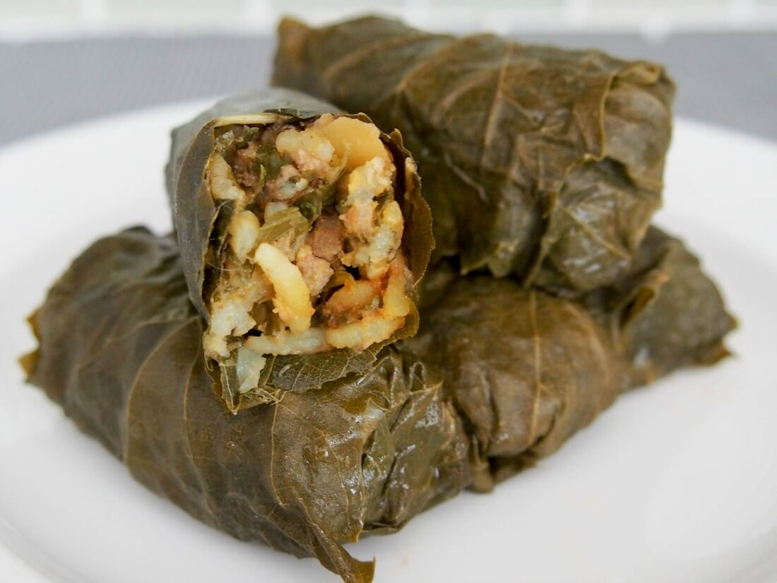 Dolmeh barge mo - Persian stuffed grape leaves