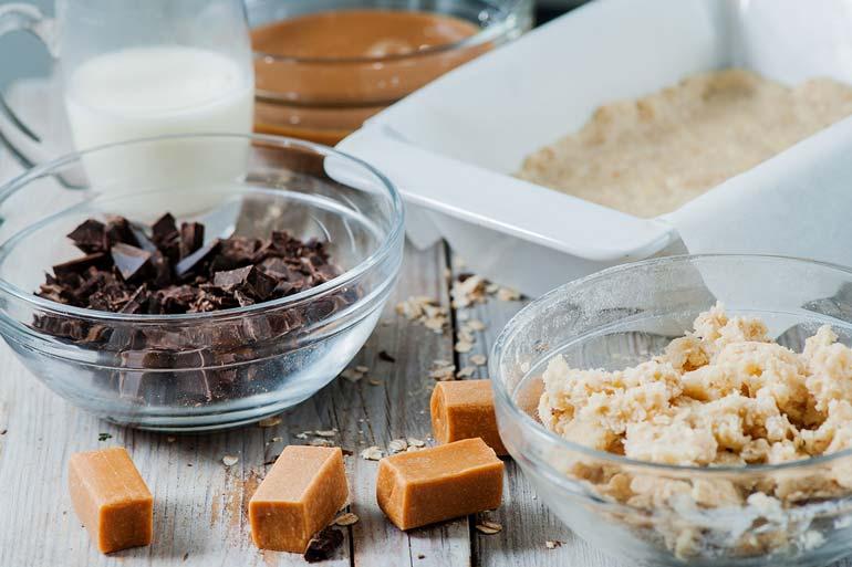 carmelitas ingredients chocolate caramel oats