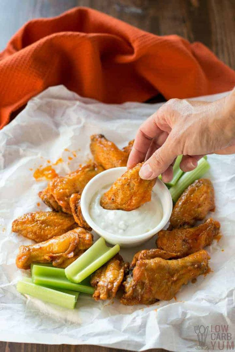 Easy Air Fryer Chicken Wings with Buffalo Sauce Recipe