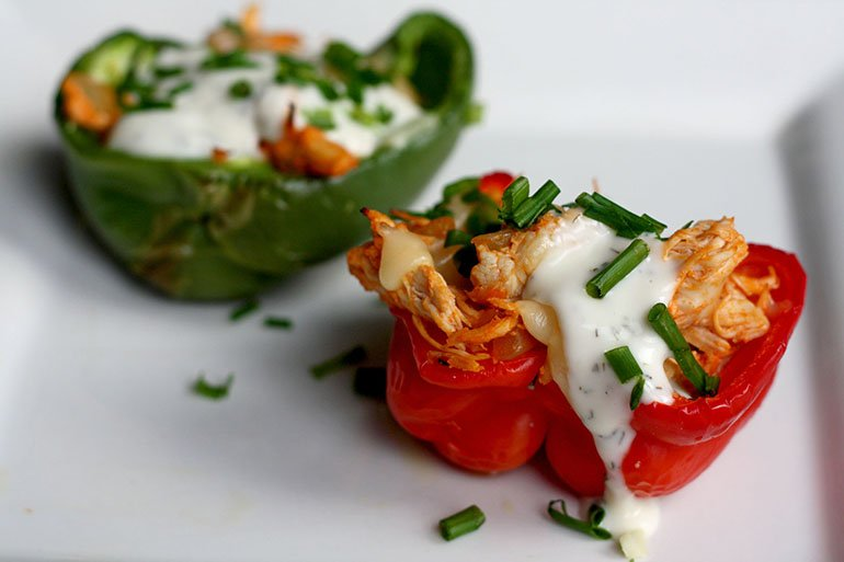 low carb buffalo chicken stuffed peppers recipe