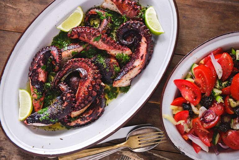 greek style Octopus