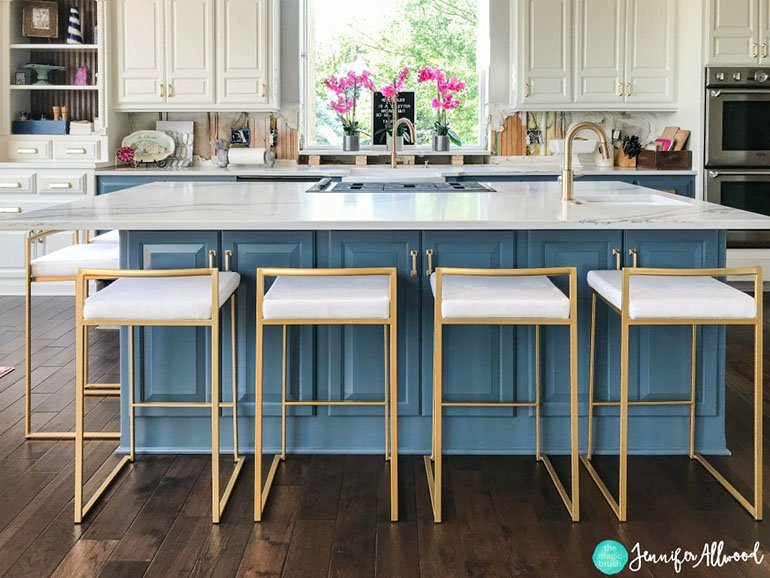 Jennifer Allwood blue kitchen center