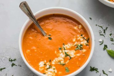 EASY TOMATO FETA SOUP RECIPE