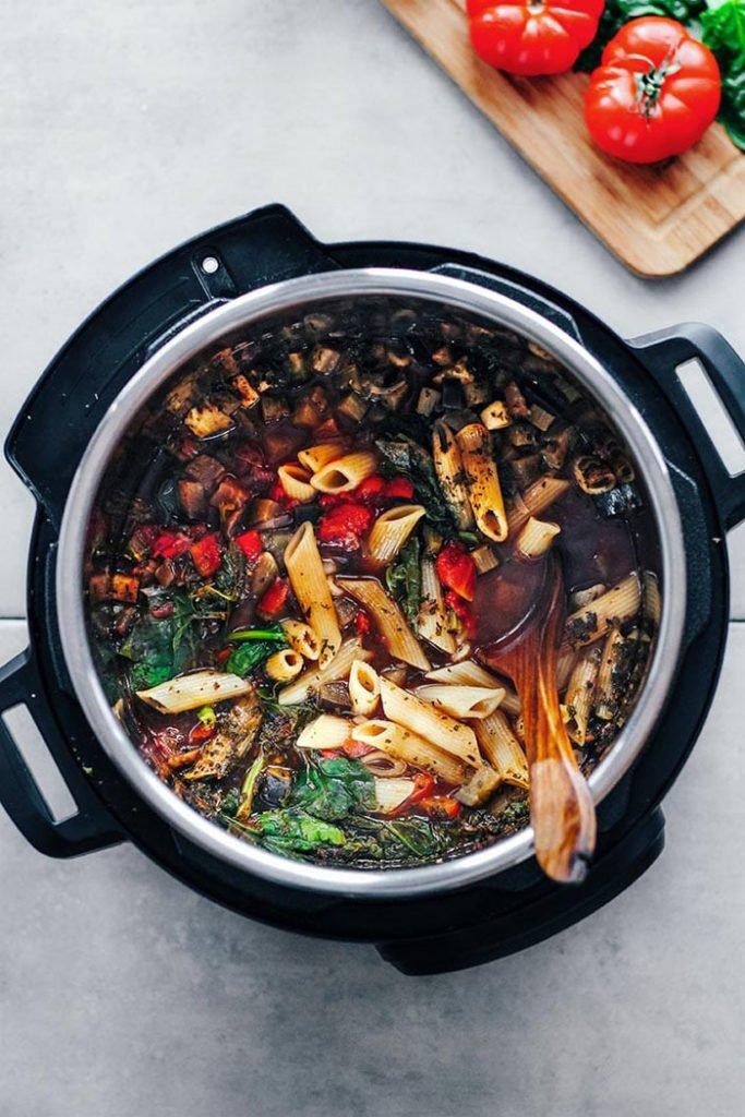 Vegan One Pot Pasta Marinara