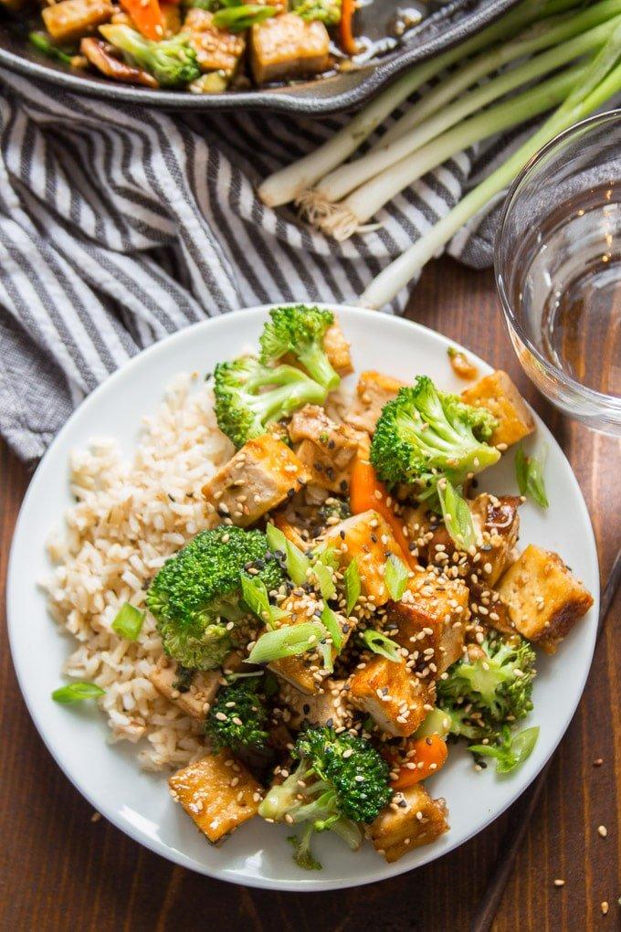 Tofu Stir-Fry With Garlic Sauce