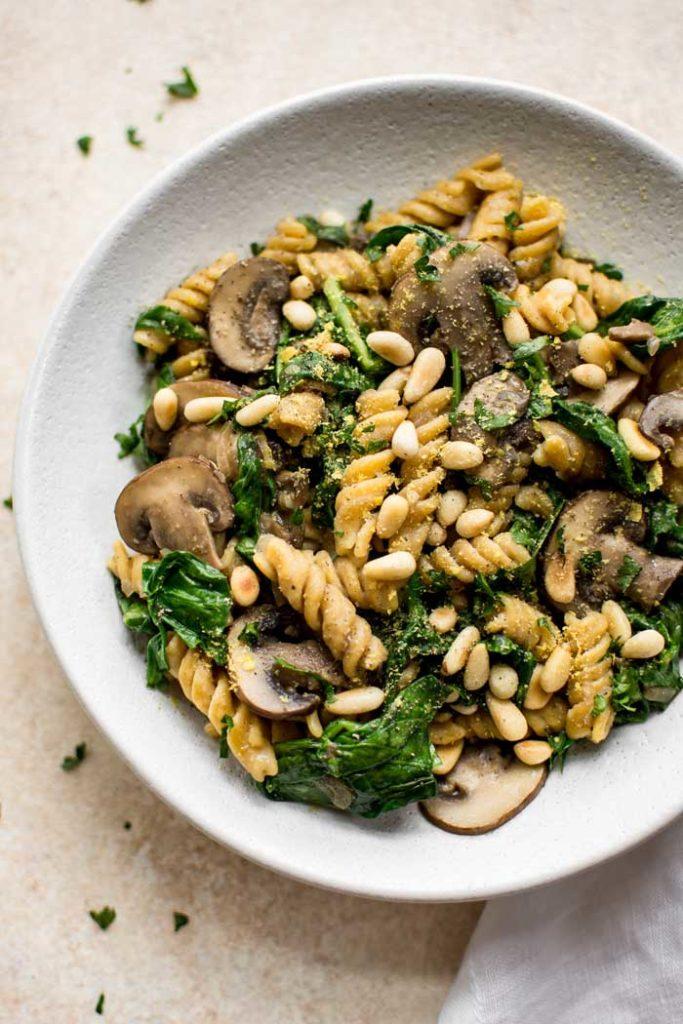 Vegan Spinach and Mushroom Pasta