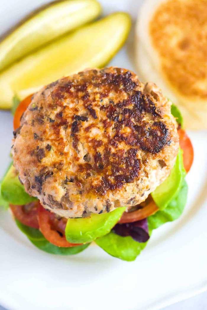 Worcestershire Sauce, Garlic and Mushroom Turkey Burgers