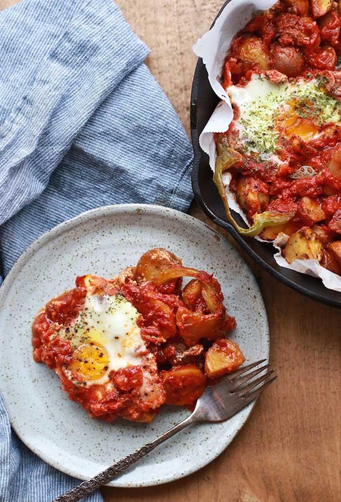 Savoury Herb Potato & Tomato Baked Egg Skillet