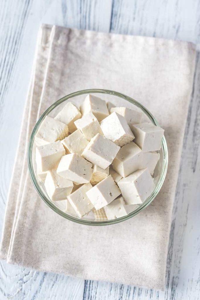 Cut tofu glass bowl