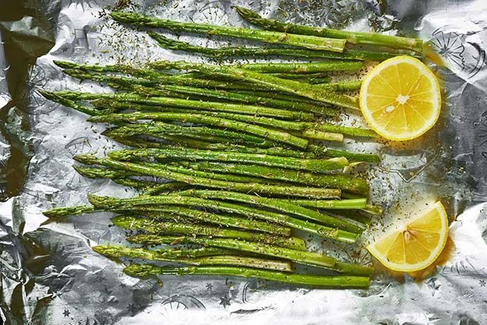 oven baked asparagus in foil