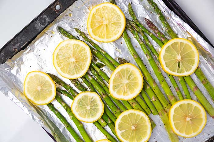 how to cook asparagus in foil