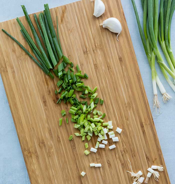 How to Cut Green Onions